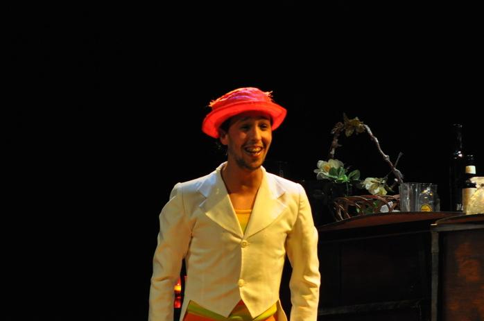 """حضور قياسي للجمهور في العرض الثاني لمسرحية """"ثانوغيث"""" لفرقة ثيفاوين للمسرح بالحسيمة"""