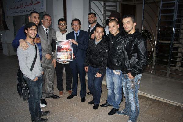 فرقة الريف للمسرح الأمازيغي تقدم عرضها الثالث عشر بالعاصمة الرباط
