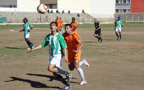 هلال الناظور لكرة القدم يحيي أماله في البقاء بالفوز على المتزعم بلدية الخميسات