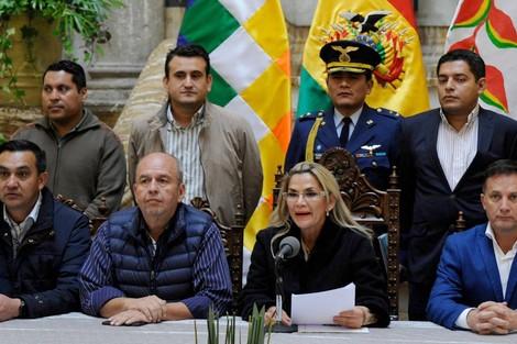 """بوليفيا تسحب اعترافها ب """"الجمهورية المزعومة"""" وتقطع جميع علاقاتها مع الكيان الوهمي"""