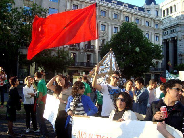 طلبة الريف بإسبإنية يحتجون على حكومة مريانو راخوي