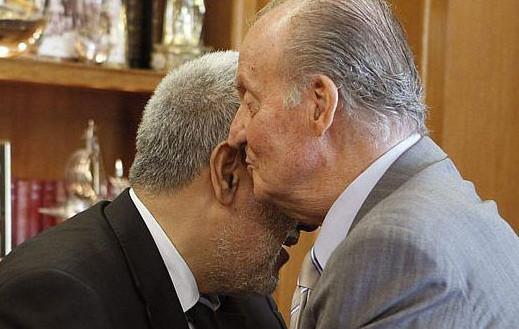 مغاربة كتالونيا يعانون بأزمة مالية خانقة