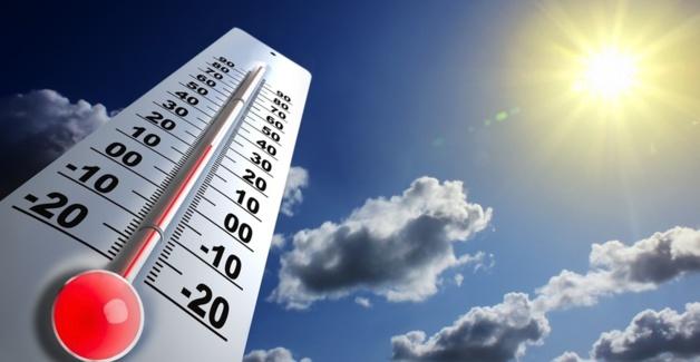 طقس حار يومي الأحد والإثنين وأمطار رعدية قوية اليوم الأحد
