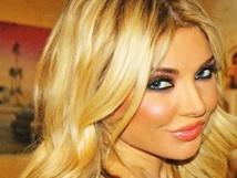 عارضات أزياء يرشحن أنفسهن للانتخابات القادمة في لبنان