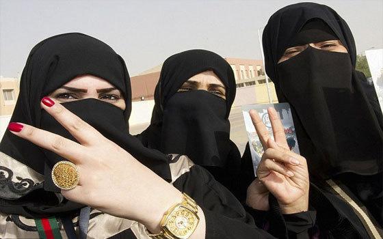 """طلاء أظافر جديد يتماشى مع فقه الوضوء لـ""""المسلمات المتشددات"""""""