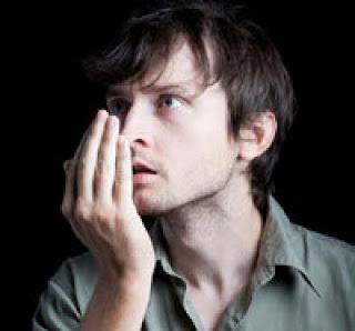 كيف تتغلب على رائحة الفم الكريهة