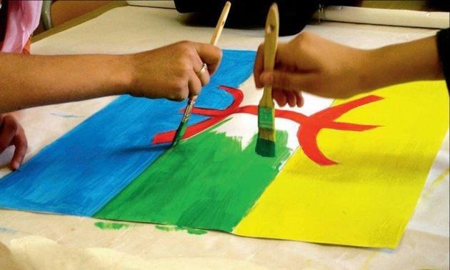 صحف الثلاثاء: 137 مسجدا يرفع علم أمازيغي.. لشكر يتهم بنكيران بالسيطرة على كل شيء حتى المعارضة