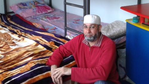أسرة مغربية تعاني من أخذ طفلتيهما ظلما من طرف مركز حماية الأطفال الهولندية