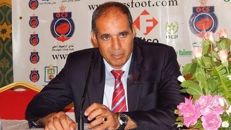 بادو الزاكي : أنا جاهز لقيادة المنتخب الوطني المغربي