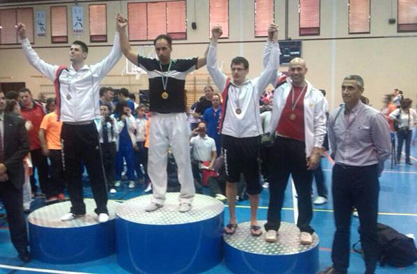 ابن الناظور طارق زريوح يفوز ببطولة اسبانية للتايكواندو بإشبيلية