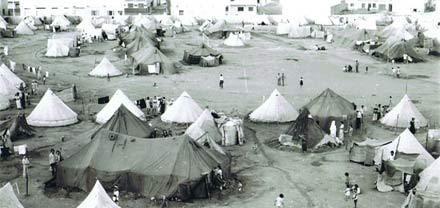 ضحايا الطرد التعسفي للمغاربة من الجزائر  مطالبهم ما زالت في مهب الريح