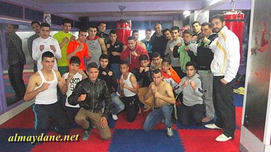 الملاكم الناظوري المحترف بفرنسا سعيد الراشيدي يتواصل مع ملاكمي الناظور ويحثهم على الاجتهاد للوصول الى الدولية وتمثيل القفاز الناظوري