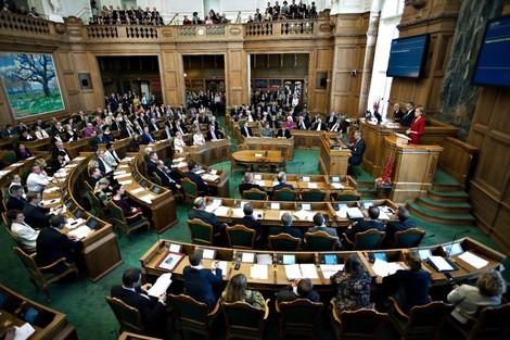 المغرب ينتصر بالبرلمان الدنماركي بحضور البوليساريو والجزائر