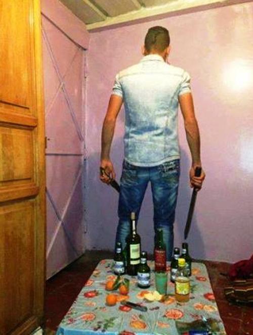 """بالصور :  التشرميل""""،ظاهرة شبابية جديدة في المغرب ، تروج صورها على الفايسبوك.."""