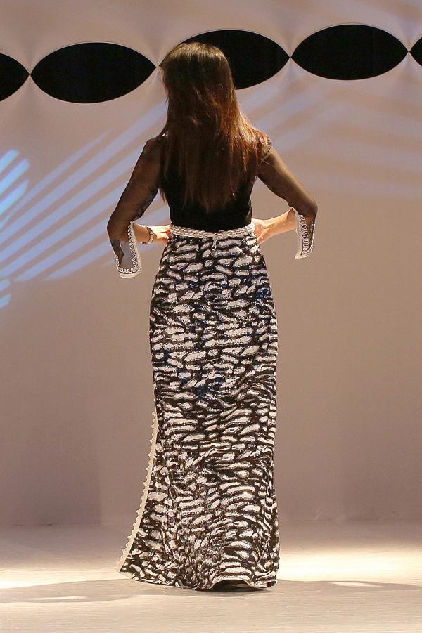 من الناظور ألوان المتوسط تزخرف القفطان المغربي  في أول عرض للأزياء بالريف