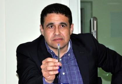 طارق يحي يعد بإصلاح الملعب البلدي بالناضور في اجتماع مغلق مع رؤساء الجمعيات الرياضية