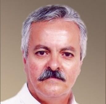 سياسة بوتفليقة بها الجزائر غارقة