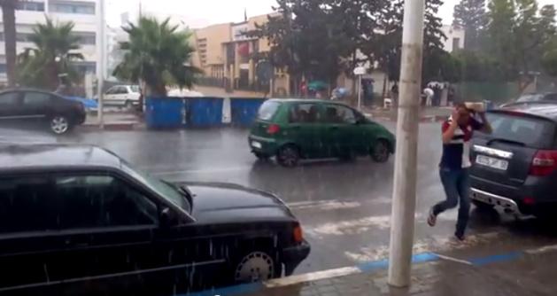 فيديو اليوم : امطار صيفية في الناظور