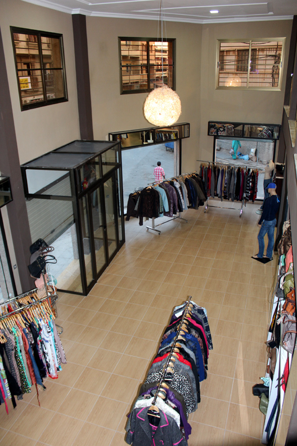 """مركز """" لقمان """" لبيع الملابس بالناظور الاول من نوعه بالجهة الشرقية"""