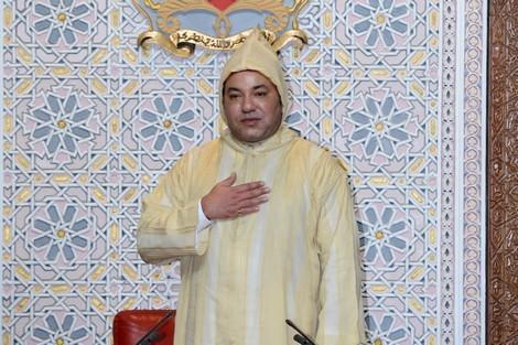 """جلالة الملك يؤكد أن""""من حق كل المغاربة أن يعتزوا بالانتماء لهذا الوطن"""""""