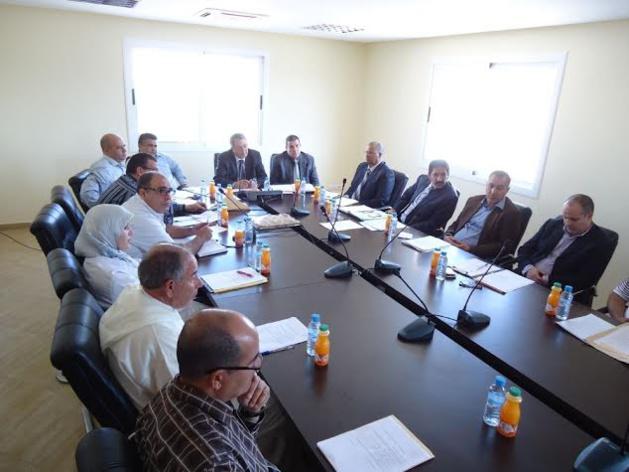 المجلس البلدي بين الطيب يعقد دورته العادية لشهر أكتوبر وسط احتجاج المعطلي