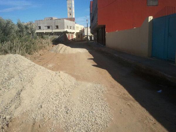 حي أخندوق بجماعة إحدادن بالناظور لازال خارج تغطية التطهير السائل