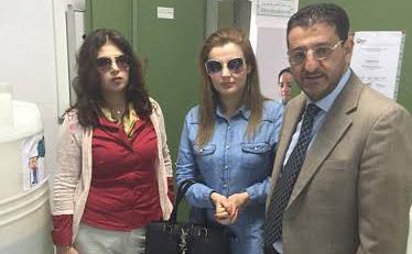 """ملكة جمال المغرب """" فاطمة فائز """" تدخل الفرحة على نزلاء مركز تصفية الدم بمرتي"""