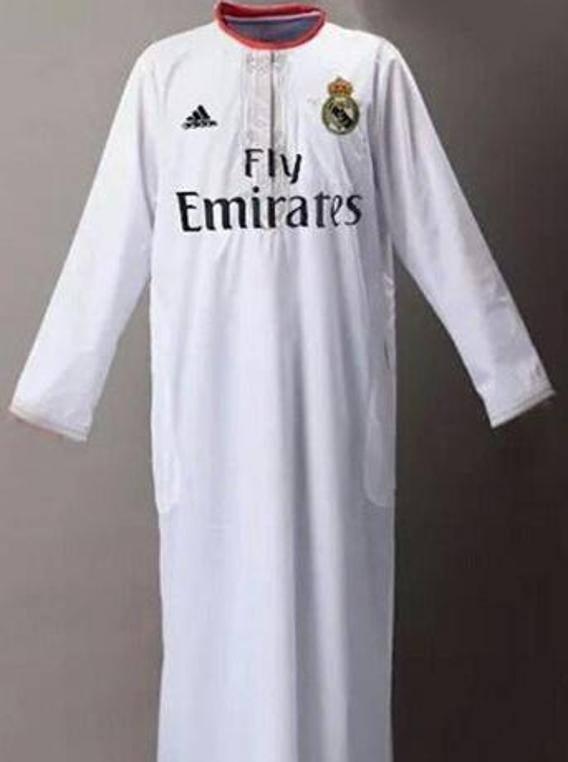 """قميص ريال مدريد في الكلاسيكو !!! تحسبا ل""""كوبريات"""" ميسي و نيمار"""