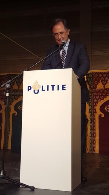 السفير المغربي بهولندا يدعو المجتمع الهولندي للحد من الإسلاموفيبيا خلال حفل إفطار الشرطة الهولندية