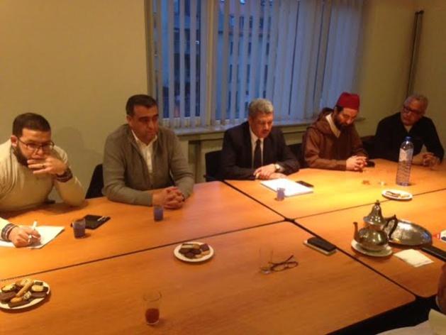 تجمع مسلمي بلجيكا ينظم لقاء تواصلي مع مسؤولي إتحادات المساجد بالمنطقة الفلمنكية ببلجيكا.