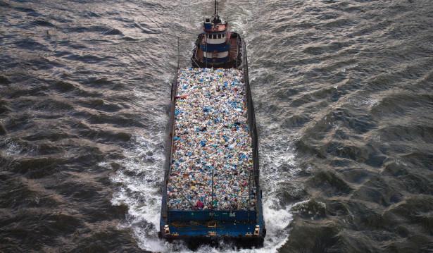 وزير الداخلية : ما يُتداول حول النفايات الإيطالية غير صحيح