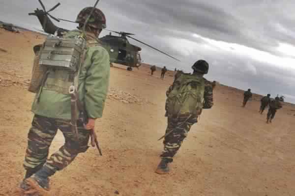 """تحرك الجيش المغربي للسيطرة على """"قندهار"""" الحدودية"""