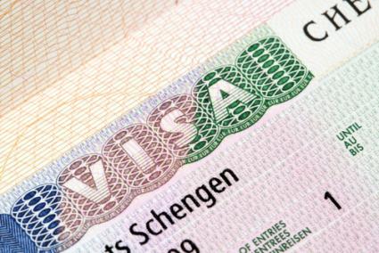 """فضيحة المتاجرة بتأشيرات """"شنغن"""" تهز مصالح القنصلية الإسبانية بالرباط"""