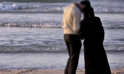 قصة زوجان يقرران إنهاء حياتهما في نفس اليوم