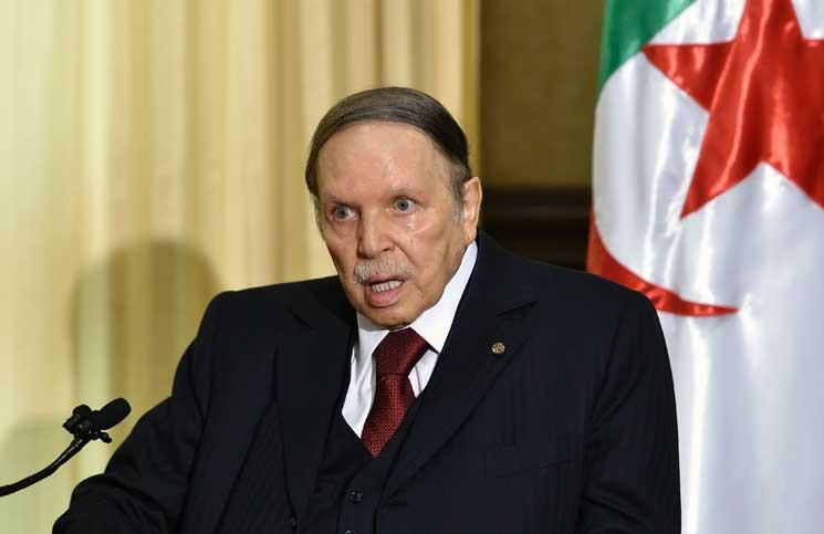 """اختفاء بوتفليقة يثير الشكوك و النظام يضلل الشعب بــ""""بلاغات"""" كاذبة"""