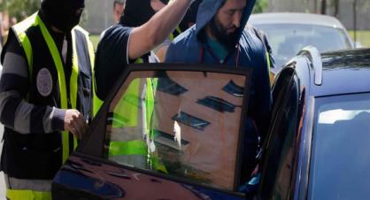 21 سنة سجنا لشرطي اسباني قتل مغربيا برصاصات في الرأس +فيديو