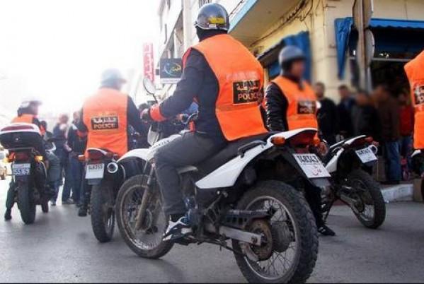 """يحدث الأن .. والي الأمن يدخل الناظور ويعلن عن حملات أمنية ضد مروجي الحشيش والسيارات المجهولة """"الريفولي"""" وتجار الكوكايين …"""
