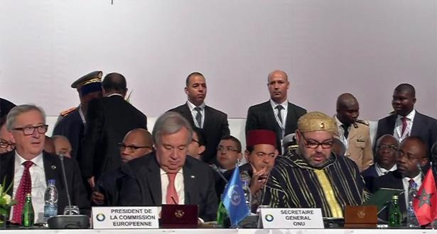جلالة الملك يصل إلى مكان انعقاد القمة الخامسة للاتحاد الإفريقي الاتحاد الأوروبي بأبيدجان