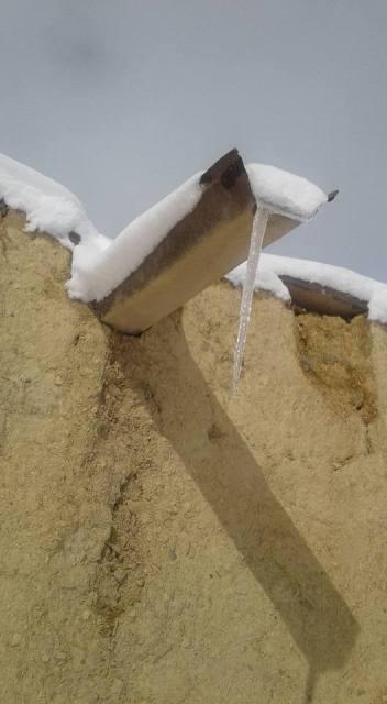 التساقطات الثلجية ترسم لوحات جميلة وتضفي بهاءً على مناطق عديدة من المغرب + ألبوم صور