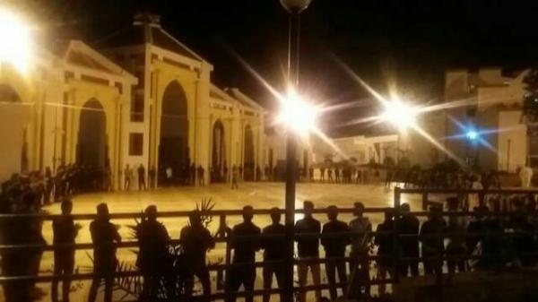 """خطير:طلبة """"صحراويون"""" يقدمون على هذه الخطوة التصعيدية بموقع """"أكادير"""" وهذا ما وقع"""