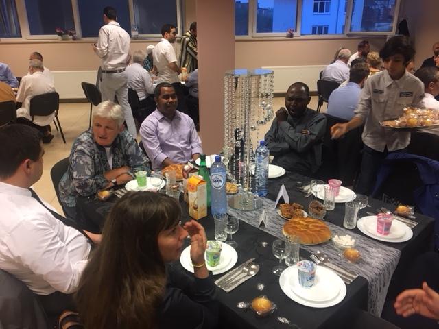 معهد جسر الأمانة للدراسات الإسلامية بأنفرس ينظم حفل إفطار بحضور الدكتور محمد الفايد.
