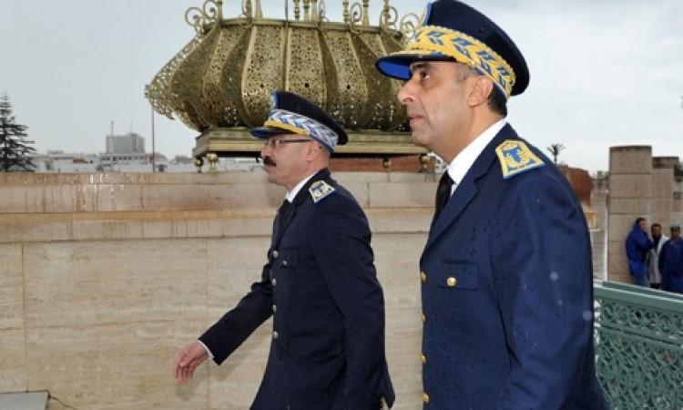الحموشي يلزم جميع موظفي الشرطة بالزي الرسمي بحمل السلاح