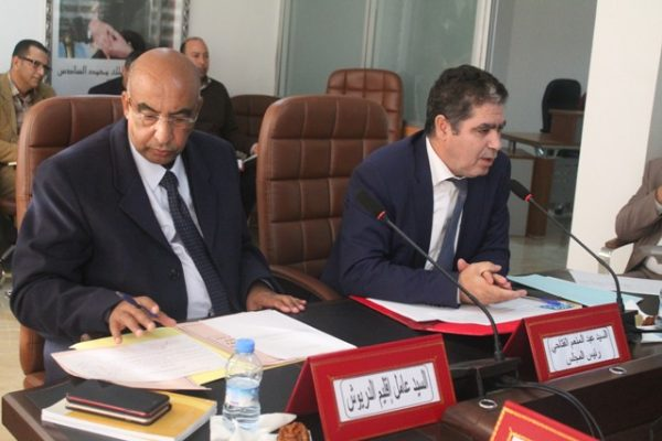 مجلس اقليم الدريوش يصادق على تخصيص إعتمادات من اجل انجاز قنطرة للراجلين بجماعة الدريوش