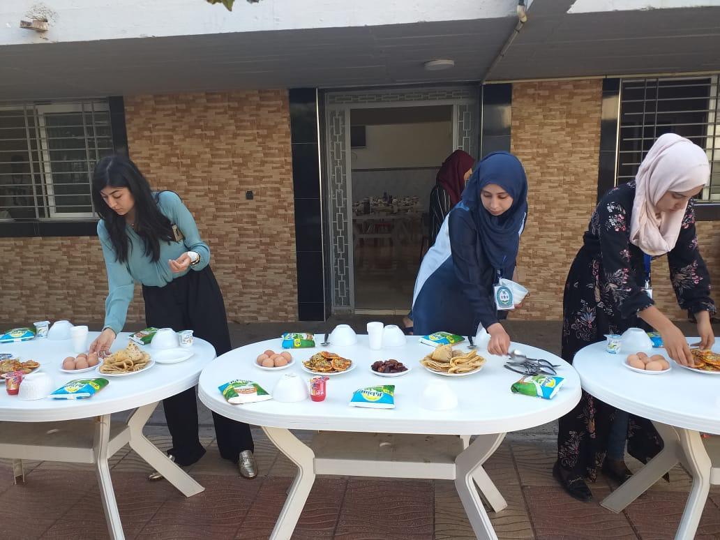 بالصور.. جمعية الملاك الأبيض للطفل و الشباب تنظم إفطار جماعي لفائدة نزلاء مركز حماية الطفولة بالناظور