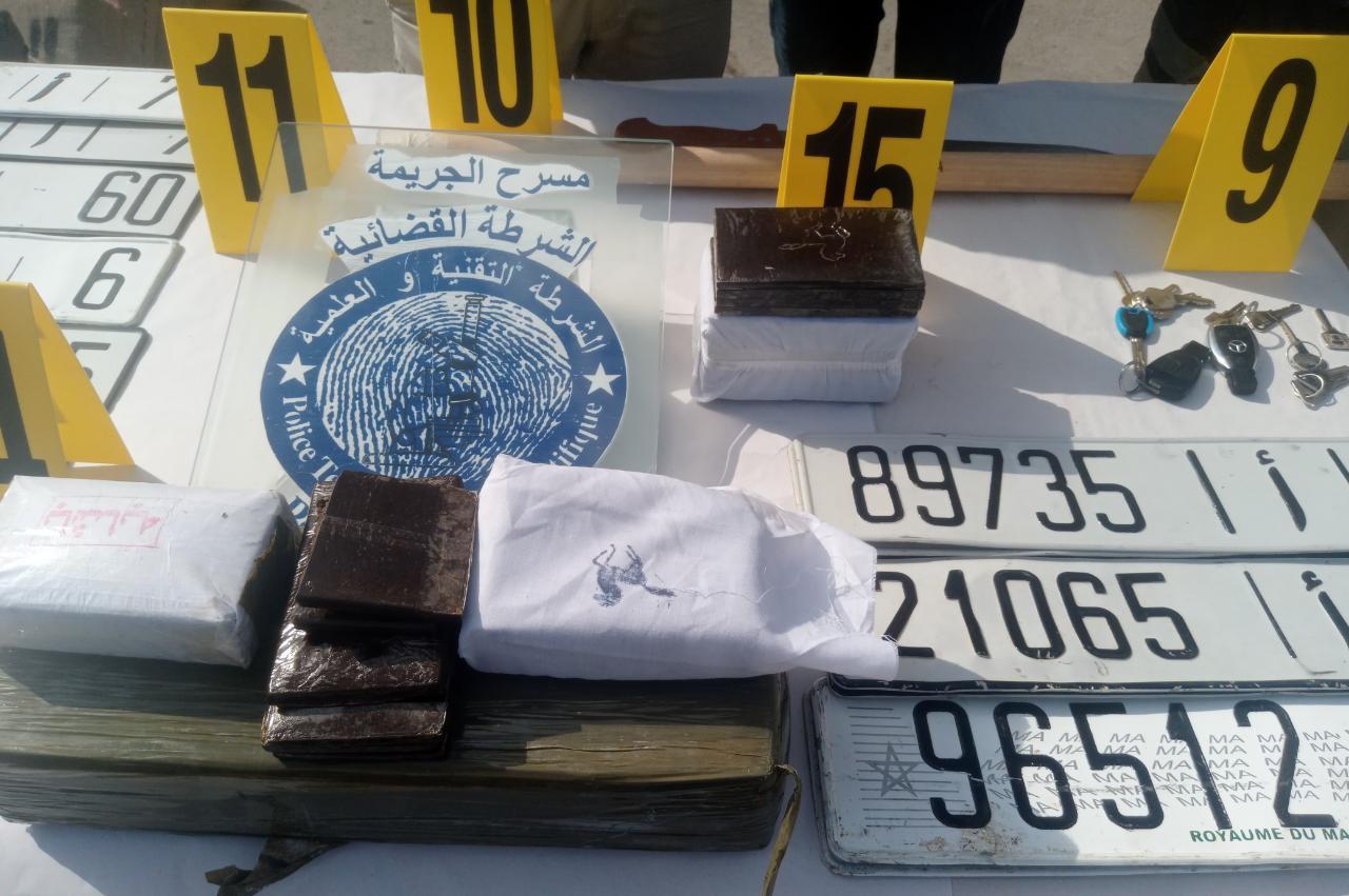 الناظور: إجهاض عملية تهريب 12 طن و800 كلغ من مخدر الشيرا و اعتقال ثلاثة اشخاص