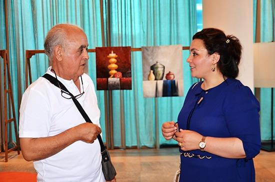 الناظور : معرض للوحات الفنية يترجم الذوق الرفيع الفنانة التشكيلية حنان العثماني