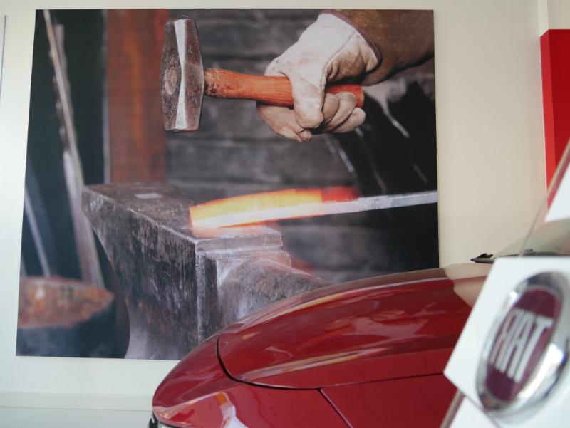 """قريبا الافتتاح الرسمي : شركة """"أوطو ميدان"""" تقدم لك افضل الفرص والعروض للحصول على افضل انواع السيارات"""