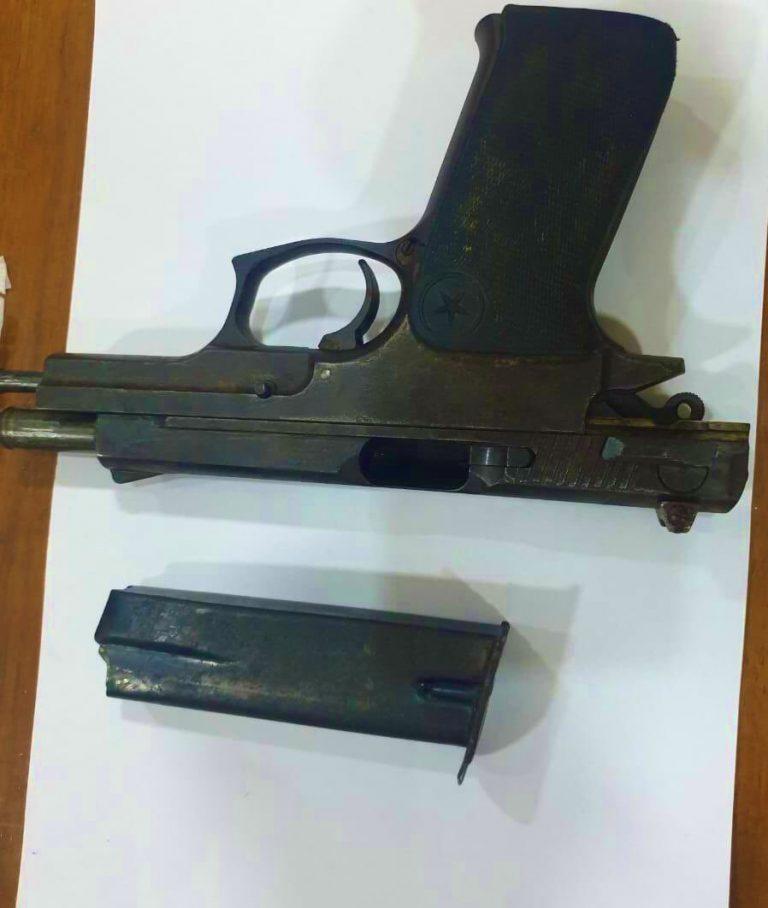 المسدس الذي كان بحوزة المتهم