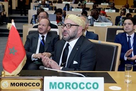 عودة المغرب إلى أسرته المؤسسية الإفريقية.. قرار ملكي تاريخي ومسؤول
