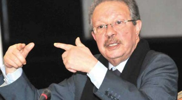 تقرير لحليمي يكشف: الرشوة والمحسوبية تعيقان استثمارات المغاربة العائدين من الخارج